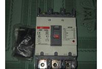 ABE103b-3P 60A-100A