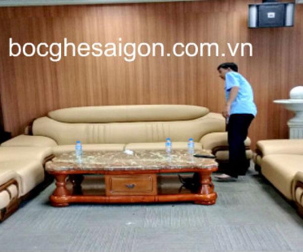 Ráp ghế sofa tòa nhà Vin Com Lý tự Trọng