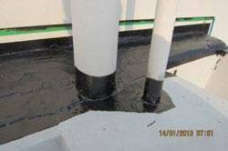 Làm kín cổ ống thóat trên sân thượng bằng TX911