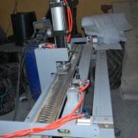 Máy cắt PVC