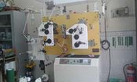 máy dệt tem nhãn