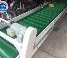 Băng tải nhựa PVC gân