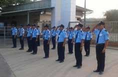 Dịch vụ bảo vệ cổng trường