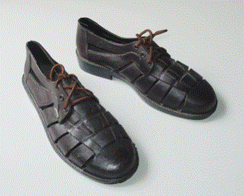 Giày nhựa cột dây