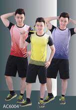 Bộ quần áo thể thao