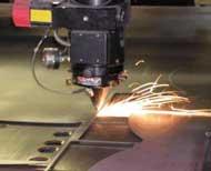 Gia công cắt khắc laser