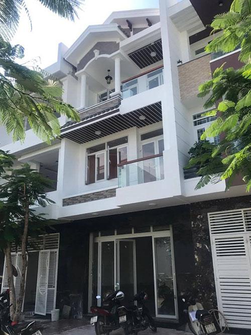Nhà phố kđt Hà Quang