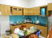 Tủ bếp gỗ sồi tự nhiên