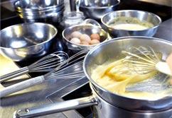 Thiết bị phục vụ nhà bếp