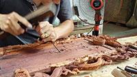Gia công đục gỗ
