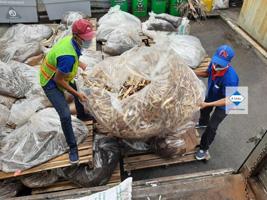 Thu gom chất thải công nghiệp