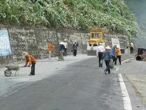 Xây dựng đường giao thông