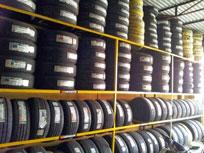 Vỏ lốp xe nâng
