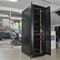 Tủ rack 42UW800
