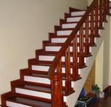 Cầu thang gỗ CT02