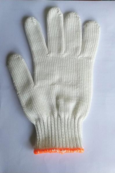 Găng tay Poli