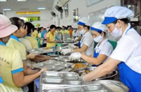 Suất ăn công nghiệp tại các nhà máy xí nghiệp