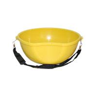 Thùng đựng phân bón màu vàng