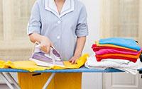 Giặt ủi quần áo