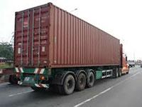 Xe tải chở hàng