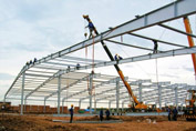Thi công lắp dựng kết cấu thép nhà xưởng