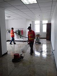 Vệ sinh công trình sau xây dựng