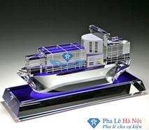 Pha lê mô hình tàu thủy