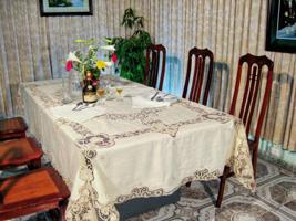 Ren - Khăn trải bàn cắt may