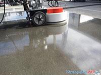 Đánh bóng sàn nhà