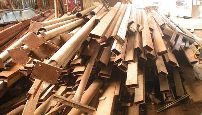 Thu mua phế liệu sắt tái chế