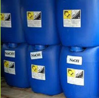 Natri Hydroxit 45%
