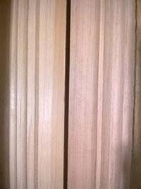Phào chỉ gỗ đại đỏ