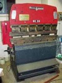 Máy chấn Amada RG-25