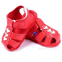 Gia công giày dép trẻ em