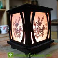 Đèn xông tinh dầu gỗ