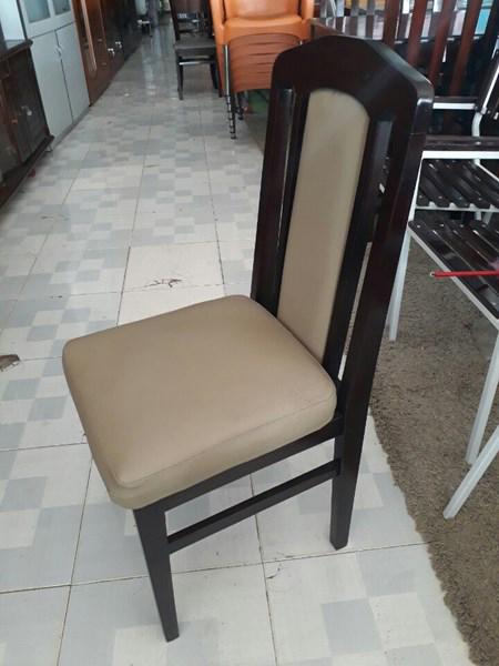 Thanh lý ghế gỗ mặt nệm