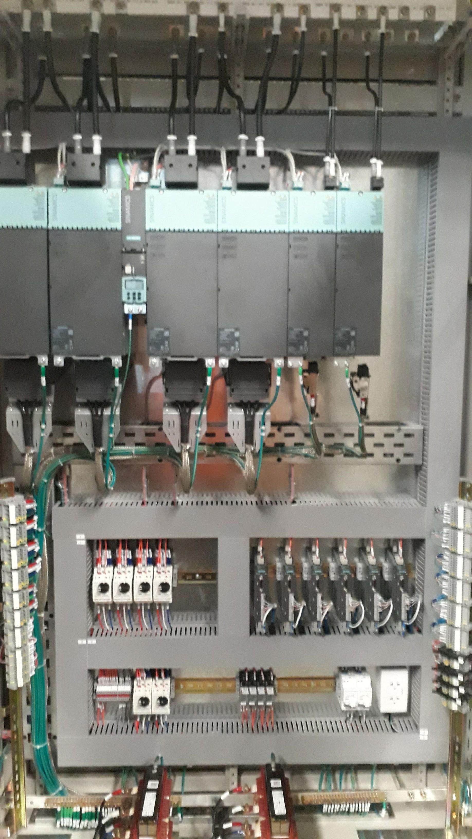 Cung cấp hệ thống tủ biến tần