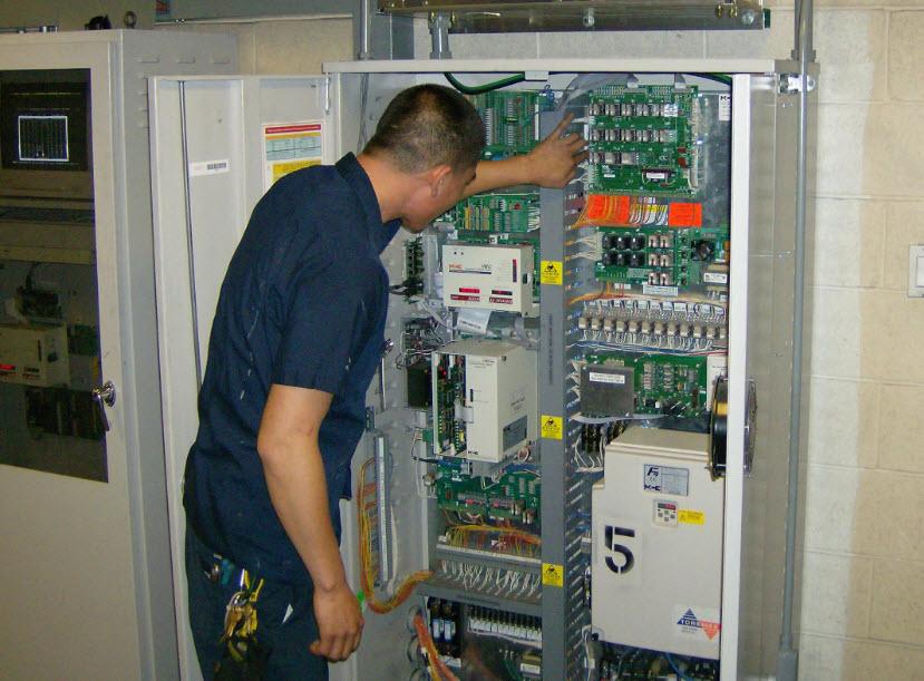 Thi công lắp tủ điện