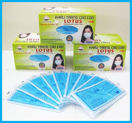 Khẩu trang cao cấp Lotus xanh 4 lớp dày (50 cái)