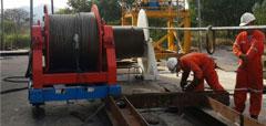 Tời thủy lực căng cáp 15 tấn