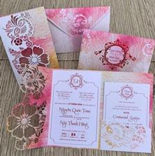 In thiệp cưới màu hồng