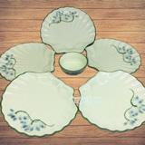 Bộ đĩa sò vẽ sen xanh men kem