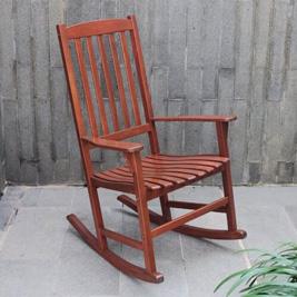 Ghế bập bênh bằng gỗ keo