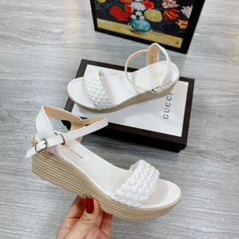 Giày Sandal bính