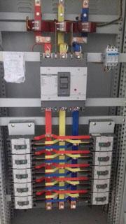 Lắp đặt hệ thống tủ điện