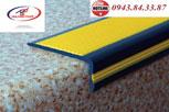 Nẹp nhựa chống trơn trượt cầu thang